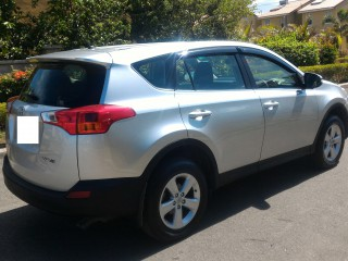 '13 Toyota Rav4 for sale in Jamaica