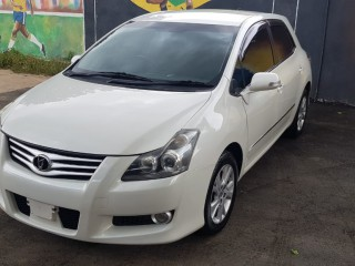 '11 Toyota Blade for sale in Jamaica