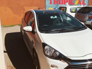 2014 Toyota Aqua Hybrid Gs for sale in Kingston / St. Andrew, Jamaica