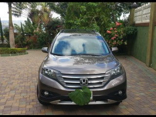 '13 Honda crv for sale in Jamaica
