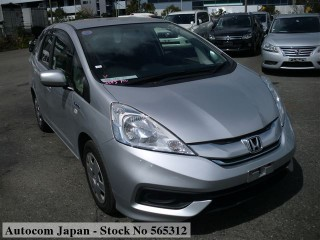 2015 Honda Fit Shuttle Hybrid for sale in Kingston / St. Andrew, Jamaica