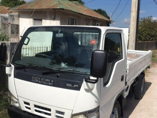 2005 Isuzu Elf for sale in Kingston / St. Andrew, Jamaica
