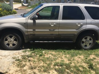 '01 Ford Escape for sale in Jamaica