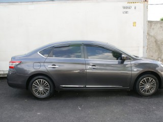 2013 Nissan Sylphy for sale in Kingston / St. Andrew,