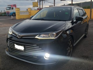 2015 Toyota Corolla Fielder S WxB Edition for sale in Kingston / St. Andrew, Jamaica