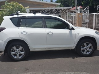 '06 Toyota RAV4 for sale in Jamaica