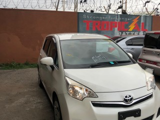 2014 Toyota Ractis for sale in Kingston / St. Andrew, Jamaica