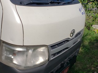 2011 Toyota Hiace 15 seater for sale in Westmoreland, Jamaica