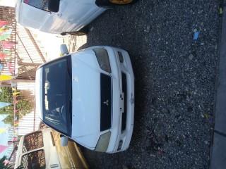 '02 Mitsubishi Lancer for sale in Jamaica