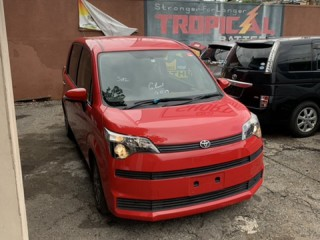 2014 Toyota Spade for sale in Kingston / St. Andrew, Jamaica