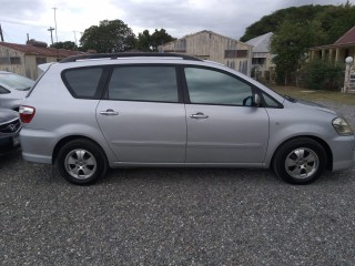 2005 Toyota Picnic for sale in Kingston / St. Andrew, Jamaica