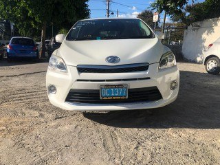 2013 Toyota Mark X ZIO for sale in Kingston / St. Andrew, Jamaica