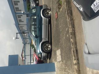 '04 Suzuki Grand for sale in Jamaica
