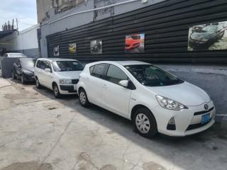 2014 Toyota Aqua Hybrid for sale in Kingston / St. Andrew, Jamaica