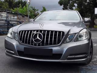 2011 Mercedes Benz E200 7G Tronic for sale in Kingston / St. Andrew, Jamaica