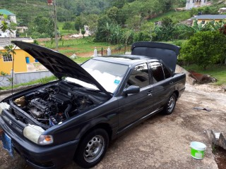 '92 Nissan sunny for sale in Jamaica