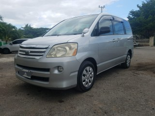 2006 Toyota Noah for sale in St. Catherine, Jamaica