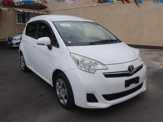 2013 Toyota Ractis for sale in Kingston / St. Andrew,
