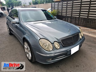 2004 Mercedes Benz E200 for sale in Kingston / St. Andrew, Jamaica