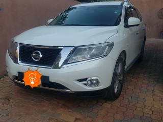 2015 Nissan Pathfinder for sale in Kingston / St. Andrew,