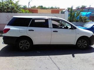 '10 Nissan AD Wagon for sale in Jamaica