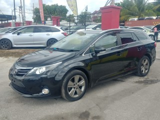 2014 Toyota AVENSIS for sale in St. Catherine,