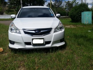 '11 Subaru Legacy for sale in Jamaica