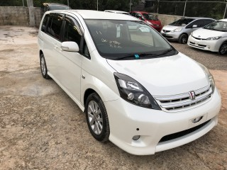 2011 Toyota Isis for sale in Manchester, Jamaica