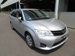'13 Toyota Feilder for sale in Jamaica