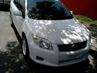 '11 Toyota Axio for sale in Jamaica