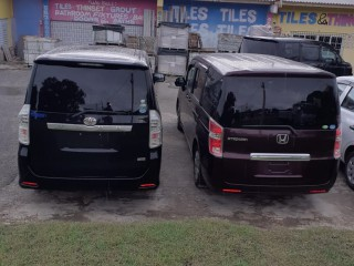 2010 Toyota voxy for sale in Westmoreland, Jamaica