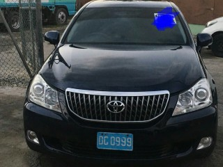 '10 Toyota crown for sale in Jamaica