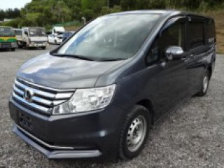 '13 Honda Step for sale in Jamaica