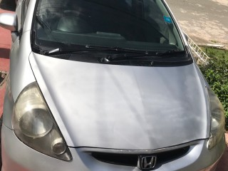 '03 Honda Fit for sale in Jamaica