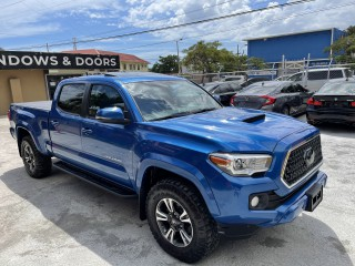 2017 Toyota Tacoma TRD Sport for sale in Kingston / St. Andrew, Jamaica