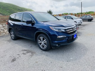 2018 Honda PILOT EX for sale in Kingston / St. Andrew,