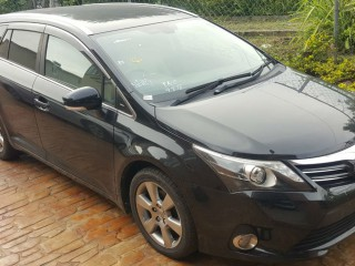 '13 Toyota AVENSIS for sale in Jamaica