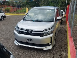 2014 Toyota voxy for sale in St. Elizabeth,