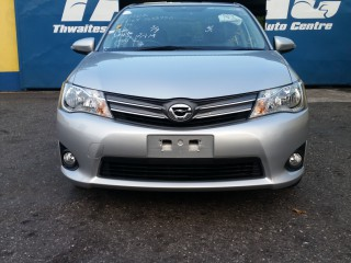 '15 Toyota Axio for sale in Jamaica