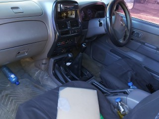 2007 Nissan Frontier QD32 for sale in Westmoreland, Jamaica