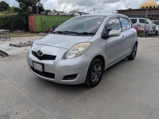 '09 Toyota Vitz for sale in Jamaica