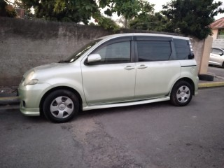 2007 Toyota Sienta 7 seater for sale in Kingston / St. Andrew,