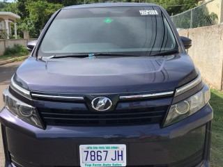 2014 Toyota Voxy for sale in St. James, Jamaica