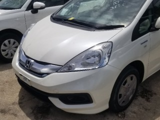 2015 Honda Fit shuttle for sale in Manchester, Jamaica