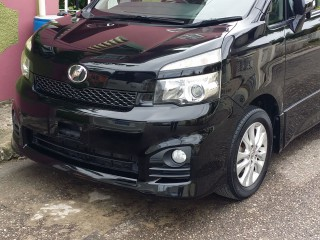 2010 Toyota Voxy ZS Edition for sale in St. James, Jamaica
