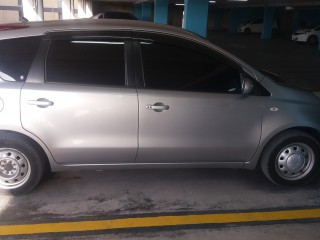 '10 Nissan note for sale in Jamaica