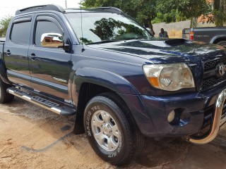 '07 Toyota Tacoma for sale in Jamaica