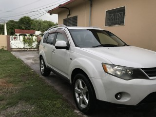 2006 Mitsubishi Outlander for sale in Kingston / St. Andrew,