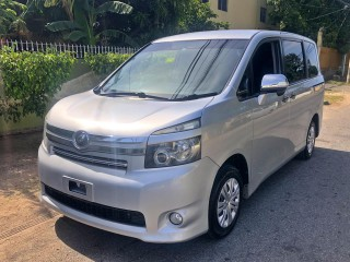 2010 Toyota Toyota for sale in Kingston / St. Andrew,
