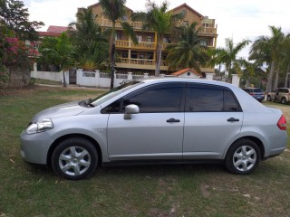 2013 Nissan tiida for sale in Manchester, Jamaica